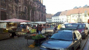 20110324 Freiburg, Market on Cathedral Square (south side).jpg